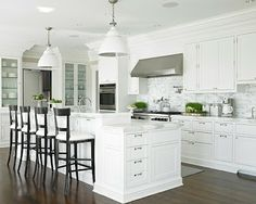 Here is the top 5 american kitchen design ideas.If you gonna create your kitchen in american kitchen style, you should check these ideas. Kitchen Stools, New Kitchen, Counter Stools, Bar Stools, Crisp Kitchen, Kitchen Ideas, Kitchen Counters, Kitchen Modern, Kitchen Islands