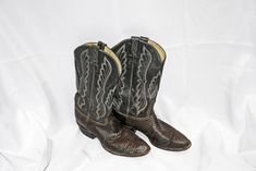 1f38ca890 Vintage Tony Lama Cowboy Boots size 9D Exotic Reptile Vamps. Western Wear,  Leather ...