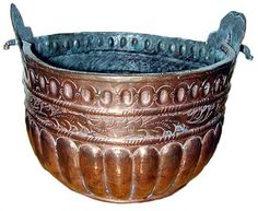 England A 19th Century English Copper Planter with fluted repoussé sides