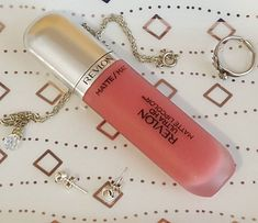 Falling in love again  this matte lippie is the best I've had in a long time! #lipstick #beauty #makeup #blogger #discoverunder10k #discoverunder1k #revlon #mattelipstick #femenish #theblogloop #instablog #instabeauty (scheduled via http://www.tailwindapp.com?utm_source=pinterest&utm_medium=twpin)