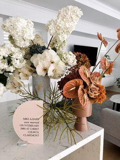 Anniversary Cake Designs, Wedding Anniversary, Wedding Signs, Our Wedding, Flower Decorations, Wedding Decorations, Floral Wedding, Wedding Flowers, Flora Design