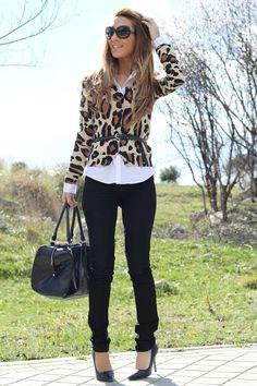 """Date un """"statement"""" a tu look con un abrigo o blazer estampado #print"""