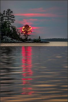 Beautiful moon, beautiful sunrise, beautiful world, red sunset, winter suns Beautiful World, Beautiful Images, Landscape Photography, Nature Photography, Snapshot Photography, Travel Photography, Beautiful Sunrise, Beautiful Moon, Beautiful Unicorn