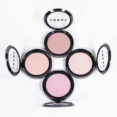 new LORAC Light Source Illuminating Highlighters Makeup Goals, Beauty Makeup, Hair Makeup, Hair Beauty, Perfect Selfie, Neutral Makeup, Makeup Haul, Things To Buy, Highlighters