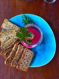 Spelt artisan bread with beetroot hummus. Vegan heaven..