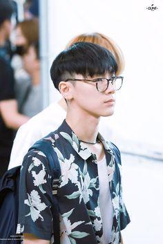 Nct 127 Members, Nct Dream Members, Ten Chittaphon, Nct Ten, Jisung Nct, Hair Reference, Korean Boy Bands, Jung Woo, Haircuts For Men