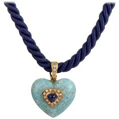 Preowned Fred Paris Blue Heart Gold Pendant Necklace ($2,650) ❤ liked on Polyvore featuring jewelry, necklaces, blue, gold chain pendant, blue heart necklace, chain necklace, 18k gold pendant and gold necklace pendant