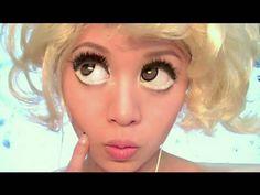 Crazy doll make up