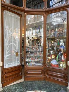 Cute tiny store in Turin, Italy