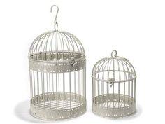 Cage déco en métal avec décoration à cœur et crochet à suspendre en set de 2 pièces.