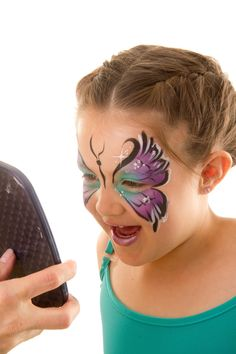 It's a Princess Thing: Face Painting Party Face Painting For Boys, Face Painting Designs, Body Painting, Butterfly Face Paint, Butterfly Mask, Facial, A Bug's Life, Paint Party, Face Art