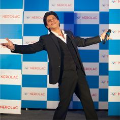 A noble initiative brings Shah Rukh Khan to Nepal! | Latest News & Updates at Daily News & Analysis