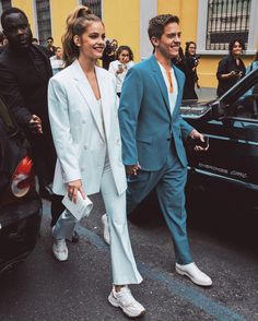 Image may contain: one or more people, people standing and shoes Celebrity Outfits, Celebrity Couples, Celebrity Style, Barbara Palvin, Cute Couples Goals, Couple Goals, Tumblr Boy, Dylan Sprouse, Fashion Couple