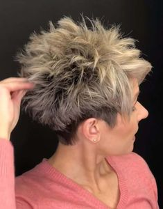 Fixing Short Hair, Short Choppy Hair, Funky Short Hair, Short Hair With Layers, Short Hair Cuts For Women, Short Hair Styles, Short Pixie, Short Hairstyles Over 50, Messy Hairstyles