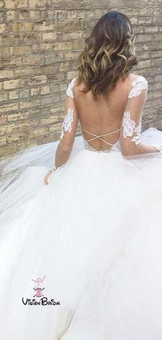 Buy White Excellent Tulle Bateau Neckline Long Sleeves A-line Appliques Wedding Dresses in uk.Shop our beautiful collection of unique and convertible long Prom dresses from FabFba,offers long bridesmaid dresses for women online. Backless Lace Wedding Dress, Long Wedding Dresses, Long Sleeve Wedding, Elegant Wedding Dress, Tulle Wedding, Long Bridesmaid Dresses, Cheap Wedding Dress, Lace Dress, Trendy Wedding