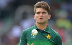 Shaheen Shah Afridi led a spirited fight for Pakistan who had their backs against the wall after a disastrous start to their World Cup camp Fast Bowling, Geo News, Pakistani Bridal Wear, Sports Clubs, Cricket News, New Quotes, Shahid Afridi, World Cup, Polo Ralph Lauren