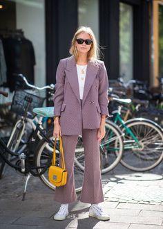 The Best Street Style From Copenhagen Fashion Week - Fashion Trends ✨ Uk Street Style, Street Style Trends, Cool Street Fashion, Look Fashion, Fashion Outfits, Fashion Design, Fashion Trends, Womens Fashion, Feminine Fashion