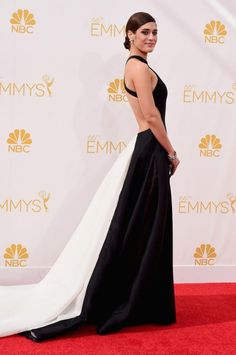 Lizzy Caplan in Donna Karan Atelier at the 2014 Emmys