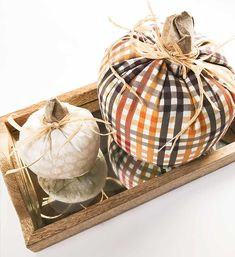Cretae Simple DIY Fabric Pumpkins for Your Thanksgiving Decor