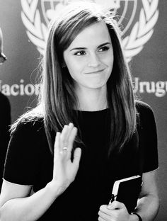 Emma Watson - The face of feminism. Ever since that powerful UN speech, Emma Watson has become the 'face of feminism', who advocates for gender equality through the campaign 'He for She'. This young w(Beauty People Celebrities) Emma Watson Model, Emma Watson Speech, Emma Watson Young, Emma Watson 2014, Emma Watson Feminism, Emma Watson Cute, Emma Watson Daily, Enma Watson, Fangirl