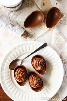 OVINHOS DE CHOCOLATE RECHEADOS COM CREME DE NUTELLA®