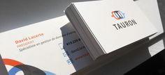 #Designgraphique de carte d'affaires avec vernis sélectif pour Tauron
