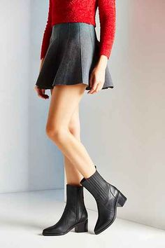 Jeffrey Campbell Stantz Chelsea Boot - Urban Outfitters