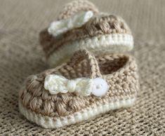 Crochet Baby Booties - Baby Girl Booties - Little Bo Peep Mary Janes