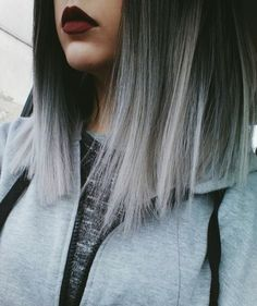 New Hair Gray Balayage Highlights 17 Ideas Gray Balayage, Balayage Hair, Ombré Hair Gris, Pelo Color Gris, Blonde Grise, Super Hair, Hair Highlights, Trendy Hairstyles, Short Hairstyles