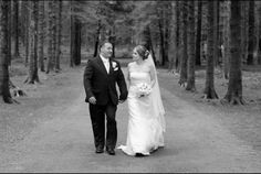 The forest park in Gougane Barra is such a romantic place for wedding photos #wedding