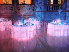 Nice Floating Ghost Tables With LED Uplighting Underneath