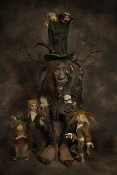 by Wendy Froud ( Wife of Brian Froud ) Brian Froud, Forest Creatures, Woodland Creatures, Magical Creatures, Baba Yaga, Fantasy Kunst, Fantasy Art, Living Puppets, Dragons