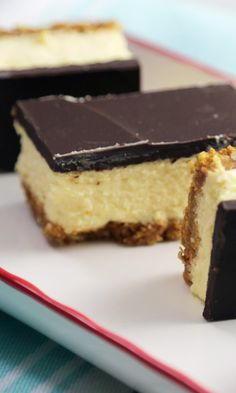 Can't decide between Nanaimo bars or cheesecake for dessert? Just combine the two! Cheesecake Bars, Cheesecake Recipes, No Bake Desserts, Dessert Recipes, Baking Desserts, Easy Desserts, Canadian Cuisine, Canadian Recipes, Baking Recipes