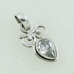 925 STERLING SILVER EXOTIC PENDANT JEWELLERY IN CUBIC ZIRCONIA STONE #SilvexImagesIndiaPvtLtd #Pendant