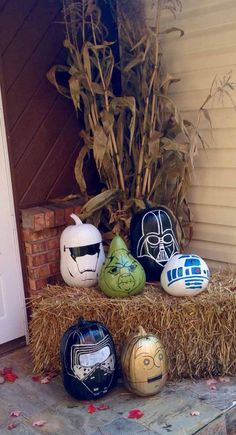 Star Wars Painted Pumpkins | DIY Star Wars Crafts to Celebrate Force Awakens Premiere, check it out at http://diyready.com/diy-star-wars-crafts-to-celebrate-force-awakens-premiere