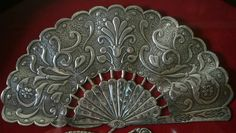 Metal Embossing, Hand Fan, Metal Art, Ideas Para, Pewter, Tools, Gallery, Drawings, Silver