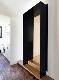 killer threshold / Wolveridge Architects / Northcote Residence / folded steel portal