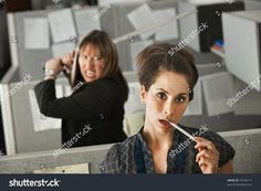 Funny Stock Photos, Stock Pictures, Funny Photos, Stupid Memes, Dankest Memes, Cries In Spanish, Wholesome Pictures, I Dont Have Friends, Cool Poses
