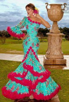 9c2b44cd413a Spanish Dress Flamenco, Spanish Dancer, Flamenco Dresses, Flamenco Dancers,  Flamingo Dress,