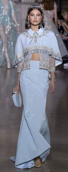 New dress blue summer haute couture ideas Haute Couture Style, Couture Mode, Couture Fashion, Runway Fashion, High Fashion, Fashion Show, Fashion Design, Georges Hobeika, Beautiful Gowns