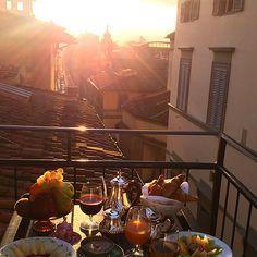 Breakfast In Florence @annemarielovell