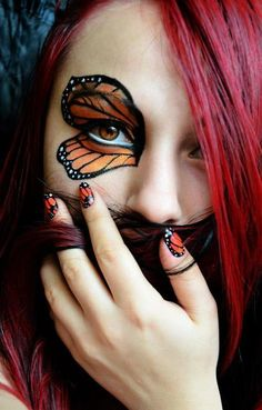 Monarch butterfly inspired eye makeup and mani. I'm so doing this for halloween! Butterfly Makeup, Butterfly Eyes, Butterfly Costume, Monarch Butterfly, Butterfly Halloween, Butterflies, Fairy Makeup, Eye Makeup, Fantasy Make Up