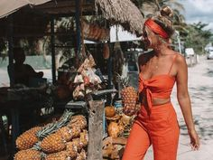 Spectacular Summer season traits finest kits to get the look now Holiday Outfits, Summer Outfits, Cute Outfits, Beach Outfits, Summer Dresses, Outfit Pinterest, Crop Top Set, Mode Shoes, Modelos Fashion