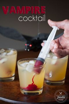 Halloween cocktail recipes: Vampire Cocktail | Self Proclaimed Foodie