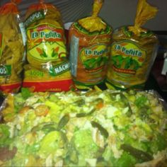 Chicken Nachos With Mexican nachos La Penita! ingredients: grilled onion and bell pepper, sour cream, guacamole, refried beans, mozarrella and salsa... so tasty and crunchy