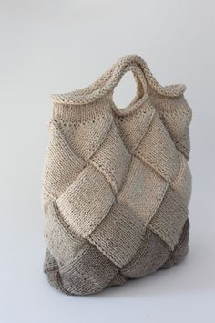 Bag of Swedish birch technique Wednesday dispatch: Na Knit a Pair of Entrelac Socks Crochet Handbags, Crochet Purses, Purse Patterns, Crochet Patterns, Tote Pattern, Sewing Patterns, Diy Bag Tags, Net Bag, Craft Bags