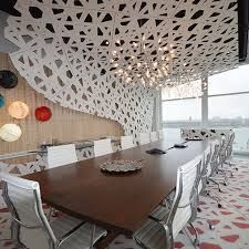 Fascinating Office Design for Executive Office: Modern Meeting Room With White Ceiling, Wooden Table, White Chairs, Wide Glass Widnows And Colorful Rounded Lamps ~ FreeSharing Office Office Ceiling Design, Office Interior Design, Office Interiors, Design Corporativo, Wall Design, Design Concepts, Commercial Design, Commercial Interiors, Best Office
