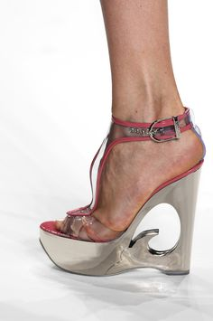 #pucci spring 2007  Wedges #2dayslook #Wedges #fashion #nice #new  www.2dayslook.com