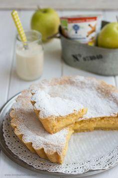 Dolce Salsarosa: Torta della nonna con crema di yogurt,mele e cannella