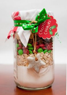 DIY Christmas Gift - Cookie Mix in a mason jar and use salt dough recipe to make star shaped embellishment Diy Christmas Gifts, Winter Christmas, Holiday Crafts, Christmas Cookies, Holiday Fun, Christmas Holidays, Christmas Decorations, Christmas Heaven, Christmas Ideas